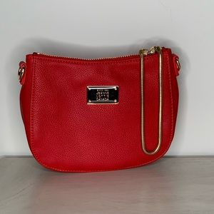 Jeanne Lottie Canada Small Purse/Clutch